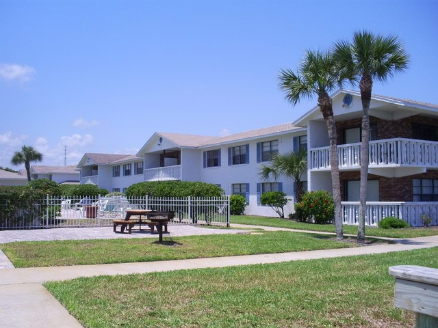 Blue Tide Apartments