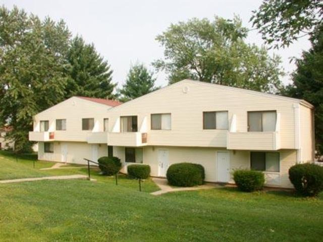 42 Oak Ridge Dr York PA Apartment for Rent