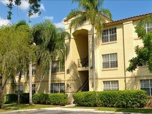 Gatehouse on the Green | Plantation, Florida, 33324   MyNewPlace.com