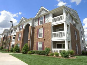Fall Hill Apartments | Fredericksburg, Virginia, 22401  Garden Style, MyNewPlace.com