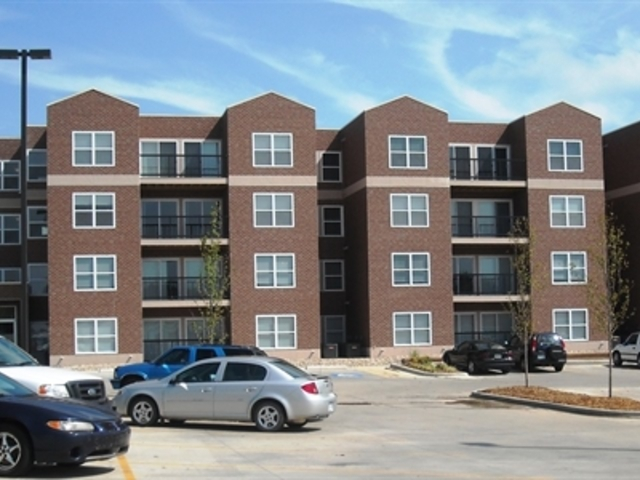 The Villas at Emporia Apartments