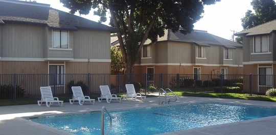Pinewood Apartments Fresno Ca