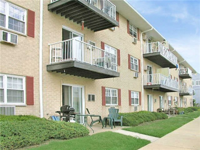Apartment for Rent in Bradley Beach