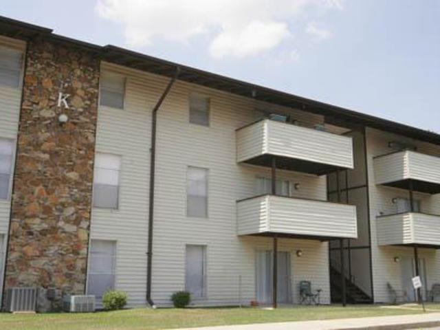 Image of apartment in Columbus, GA located at 464 North Oakley Drive