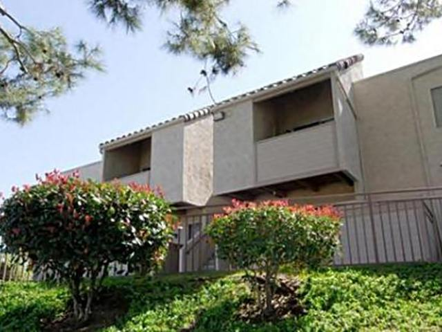 8517 Paradise Valley Rd Spring Valley CA Rental House
