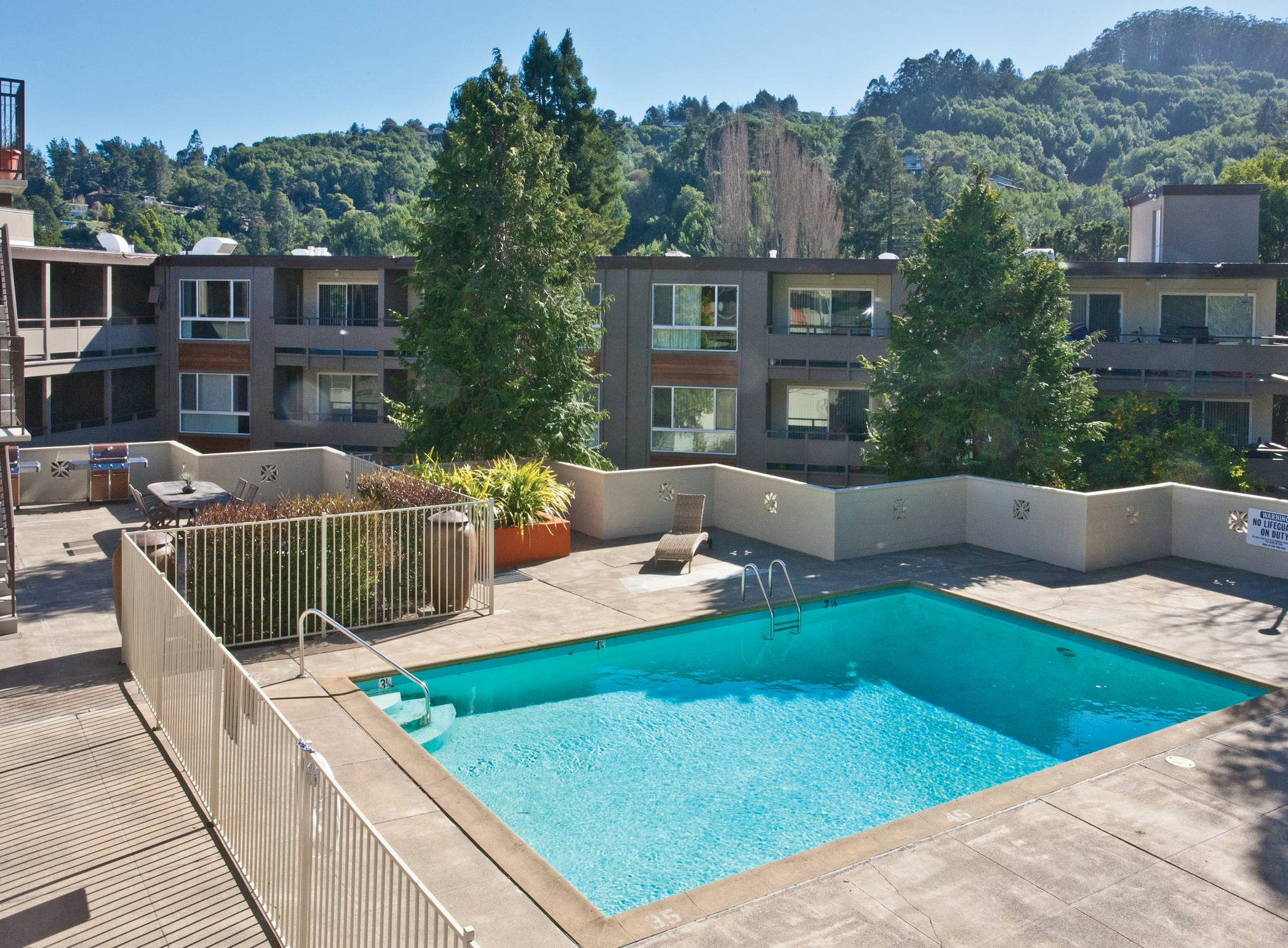 amenities at pineridge apartments in mill valley