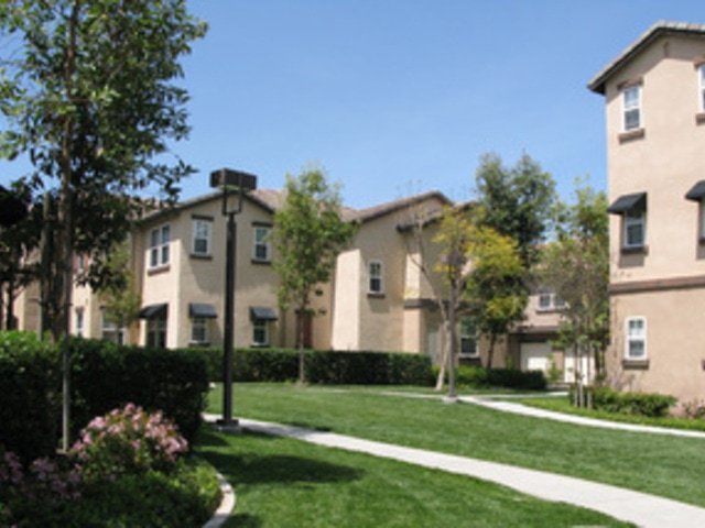 33600 Mapleton Ave Murrieta CA Apartment for Rent