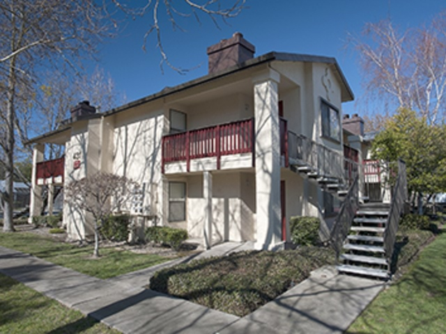 Image of apartment in Sacramento, CA located at 4412 Norwood Ave