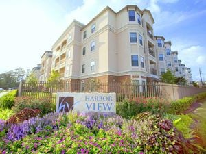Harbor View | Kingwood, Texas, 77345  Mid Rise, MyNewPlace.com