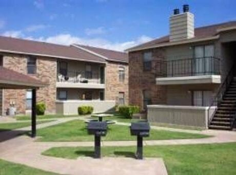 Image of apartment in Lubbock, TX located at 3201 West Loop 289