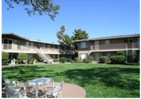 Image of apartment in Sacramento, CA located at 2500 Fair Oaks Blvd