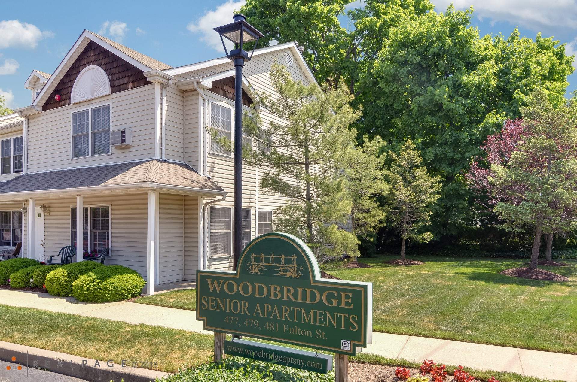 Woodbridge at Farmingdale Apartments - Farmingdale, NY ...