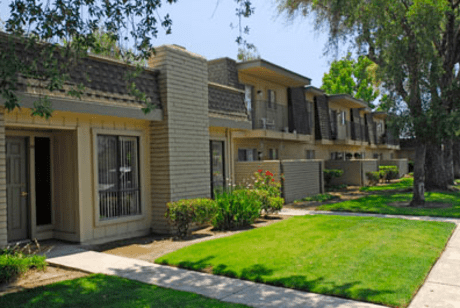 Image of apartment in Manteca, CA located at 1155 W Center St