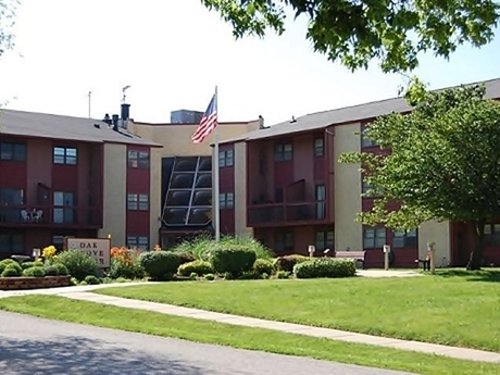Oak Grove Manor Apartments