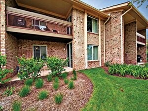 Lakeside Apartments | Lisle, Illinois, 60532   MyNewPlace.com