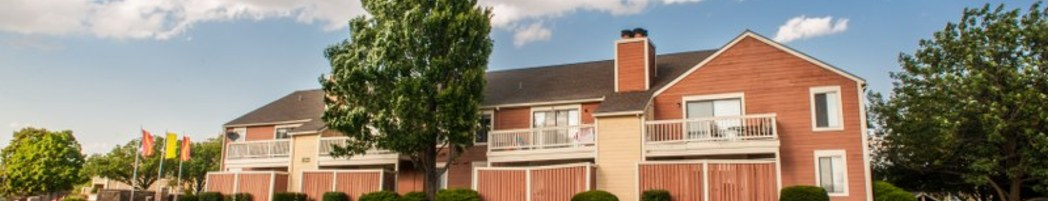Welcome Home to Rosehill Pointe Apartments in Lenexa KS