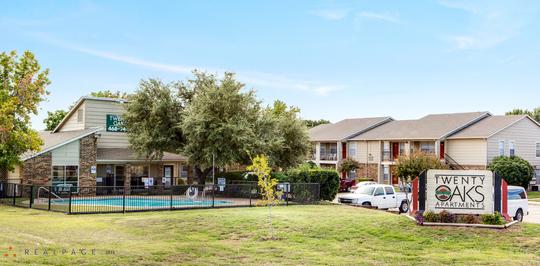 Twenty Oaks Apartments Arlington Tx