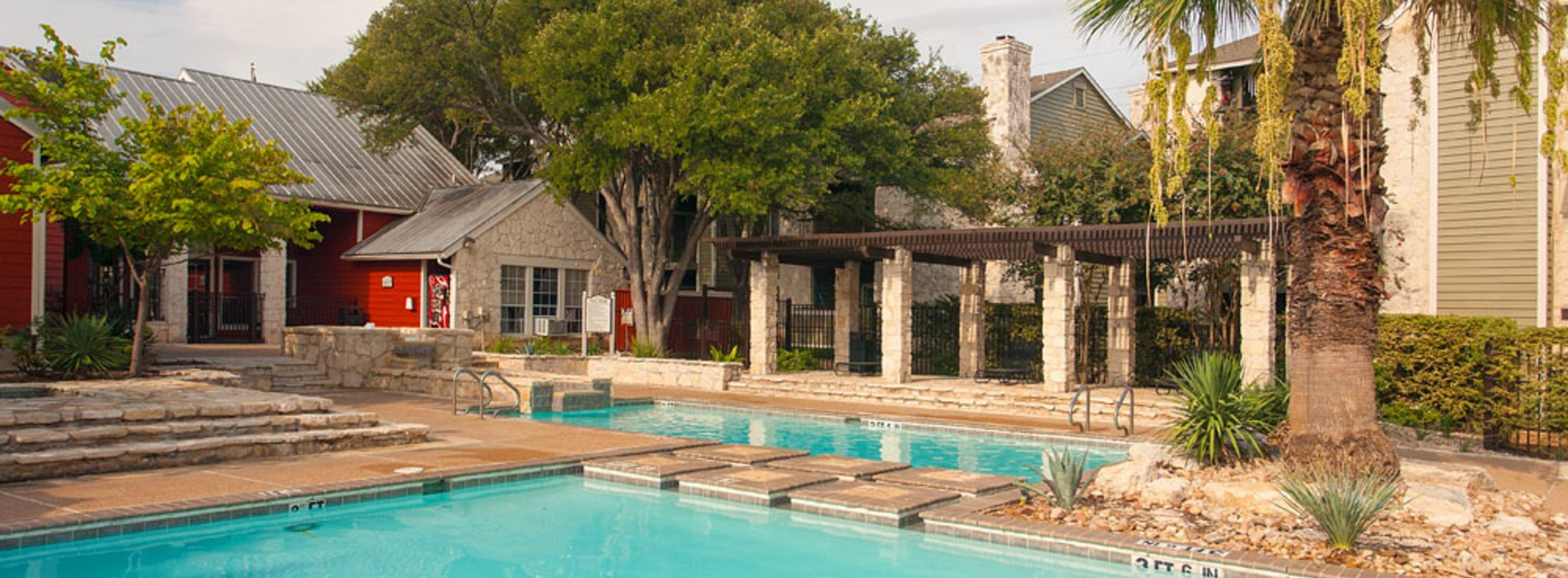 If location, convenience, and comfort are important to you, then Logan's Mill is the place to call home! Just 15 minutes from downtown Austin, our pet-friendly community offers generous one and two bedroom apartments and thoughtful layouts.