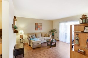 Contact Redwood Valley Apartment Homes