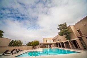 La Estancia Apartments In El Paso Tx