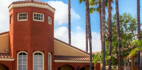 Eaves Santa Margarita Rancho Santa Margarita Ca Apartments For Rent