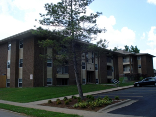 Nu Elm Apartments