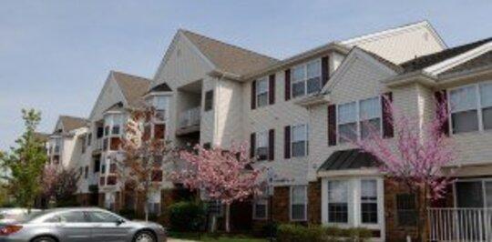Fox Hill Run - Woodbridge, NJ Apartments for Rent