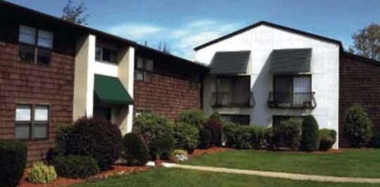 Village Green Apartments - Baldwinsville, NY Apartments ...