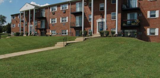 Hill Brook Place Apartments Bensalem Pa Apartments For Rent