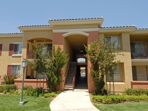 Estancia Apartments | Riverside, California, 92508  Garden Style, MyNewPlace.com