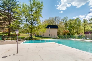 Willow Oaks Apartments Picnic Station; Willow Oaks Apartments Swimming Pool  ...