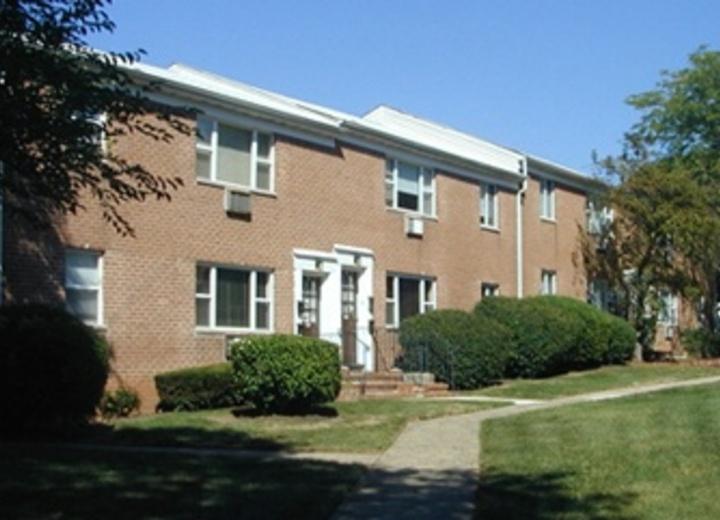 Cloverleaf Apartments Woodbridge Nj