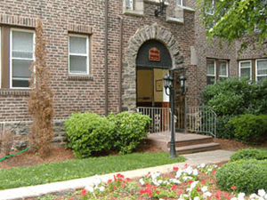 English Manor | Philadelphia, Pennsylvania, 19144   MyNewPlace.com