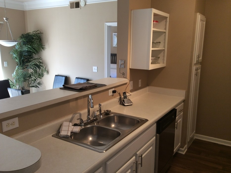 Town center apartments in overland park ks - 3 bedroom apartments kansas city ...