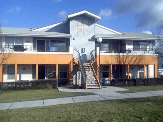 Viewcrest Apartments