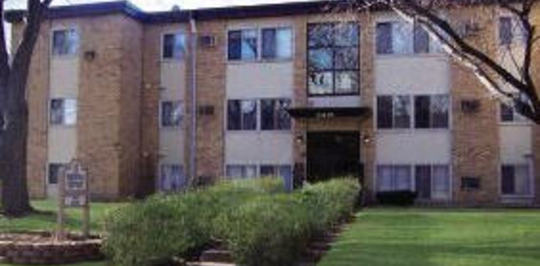 garden city court brooklyn center mn apartments for rent