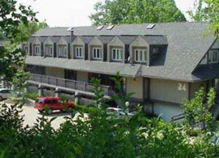 Timber top akron oh apartments for rent for One bedroom apartments in akron ohio
