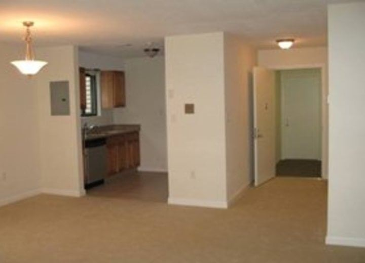 Hidden Brook Apartment Homes New Bedford Ma Apartments For Rent