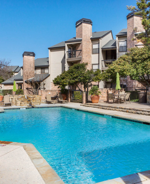 Spring House Apartments: Apartments For Rent In Dallas, TX