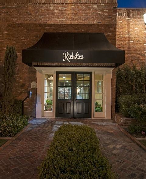 Richelieu Apartments In Riverside, CA