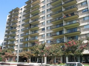 Town House Apartment Homes | Memphis, Tennessee, 38104  High Rise, MyNewPlace.com