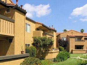 Shadow Ridge Apartments | Simi Valley, California, 93065   MyNewPlace.com