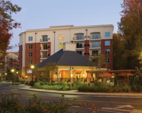 Exterior-Mezzo1 Apartments