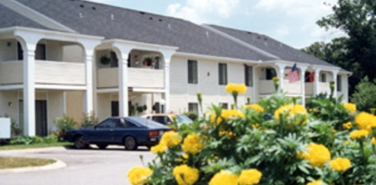 Massman manor apartments nashville tn apartments for rent for 500 brooksboro terrace