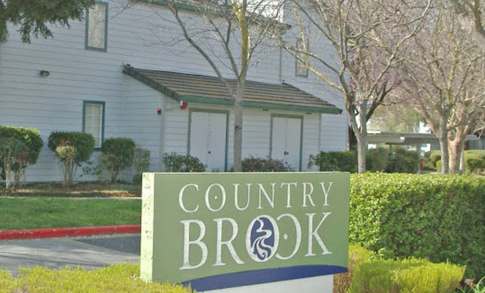 Country Brook Rental Condos