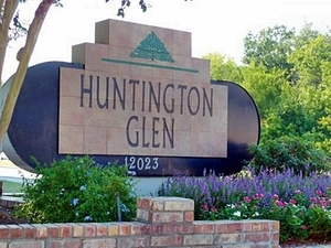 Huntington Glen | Houston, Texas, 77099  Small Building, MyNewPlace.com