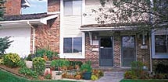 Lake Forest Townhomes Omaha Ne Apartments For Rent