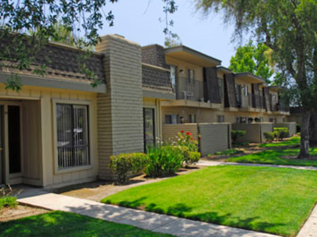 Fairway Estates Apartments