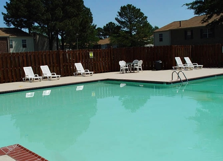 Brookfield apartments virginia beach va apartments for rent for Affordable pools virginia beach