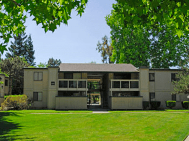 Image of apartment in Sacramento, CA located at 8719 Woodman Way